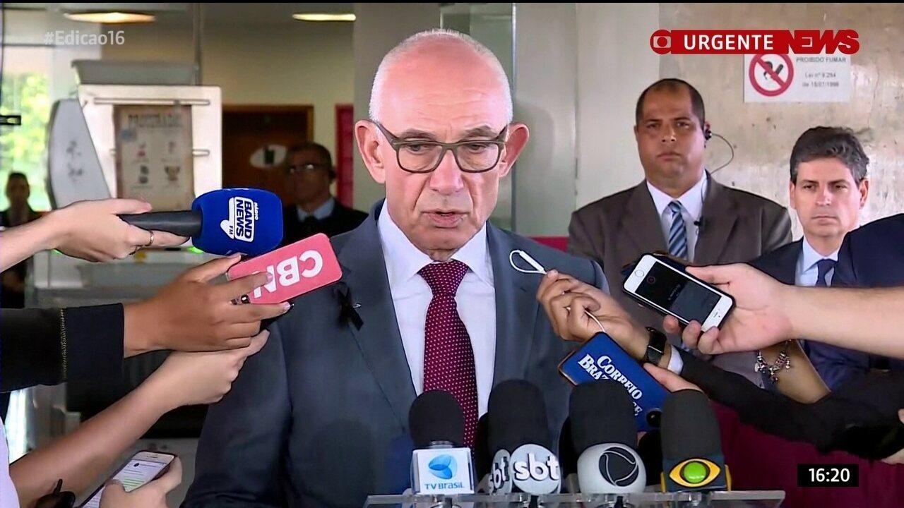 Presidente da Vale diz que sirene de barragem não tocou porque foi 'engolfada' pela lama