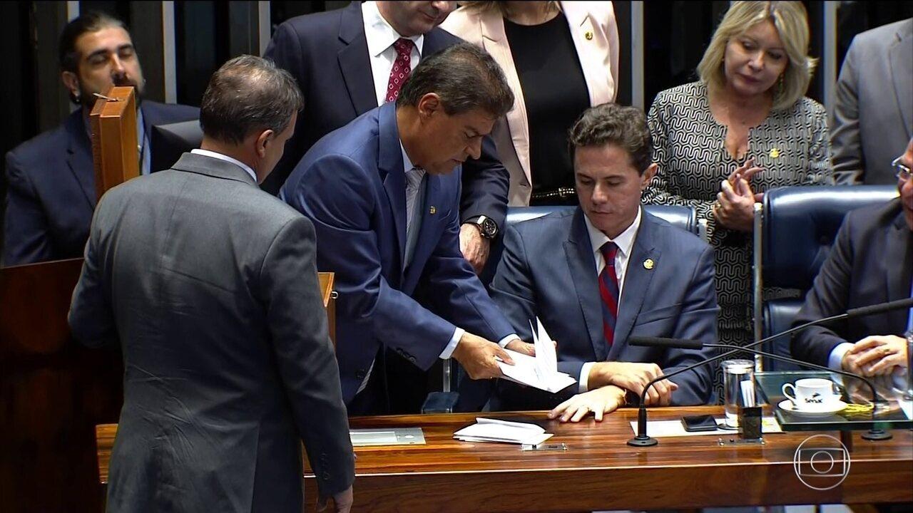 Boletim JN: confusão marca eleição para a presidência do Senado