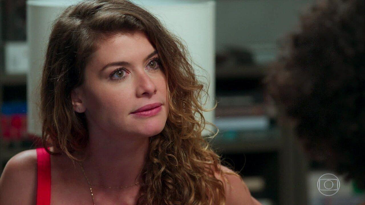 Isabel chantageia Sheila para que ela dope Cris novamente