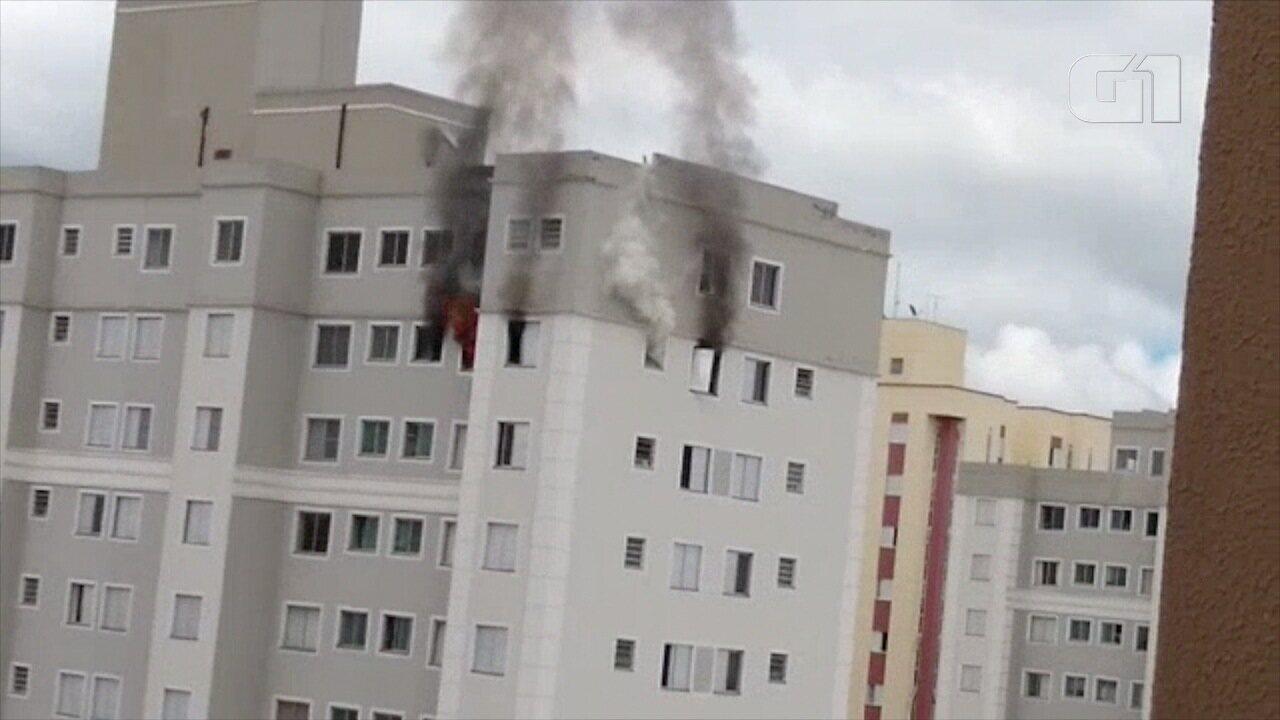 Incêndio em apartamento no Parque Industrial deixa três feridos
