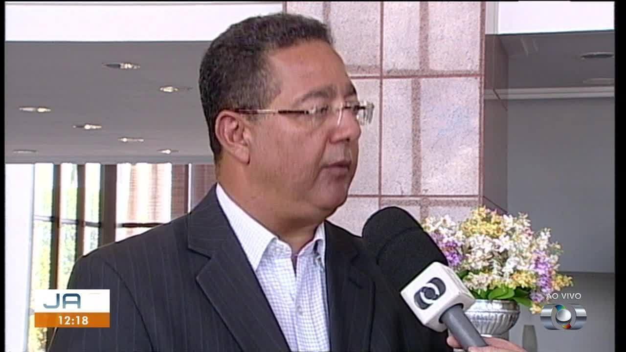 Governador assina medida provisória para redução do imposto sobre combustíveis de avião