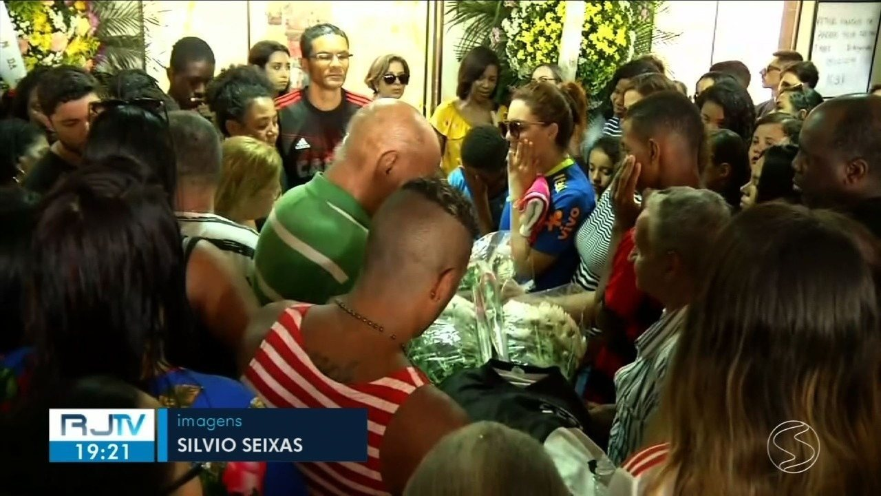Corpo de Arthur Vinicius é sepultado em Volta Redonda