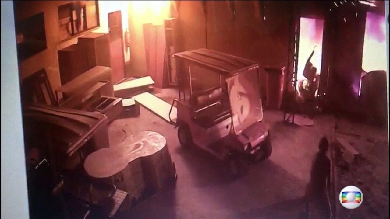 Jogadores contam que incêndio começou em ar-condicionado