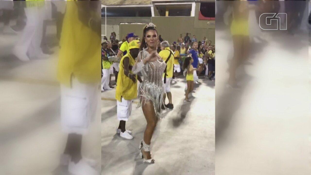 Rainha de bateria da Unidos da Tijuca participa de ensaio técnico na Sapucaí