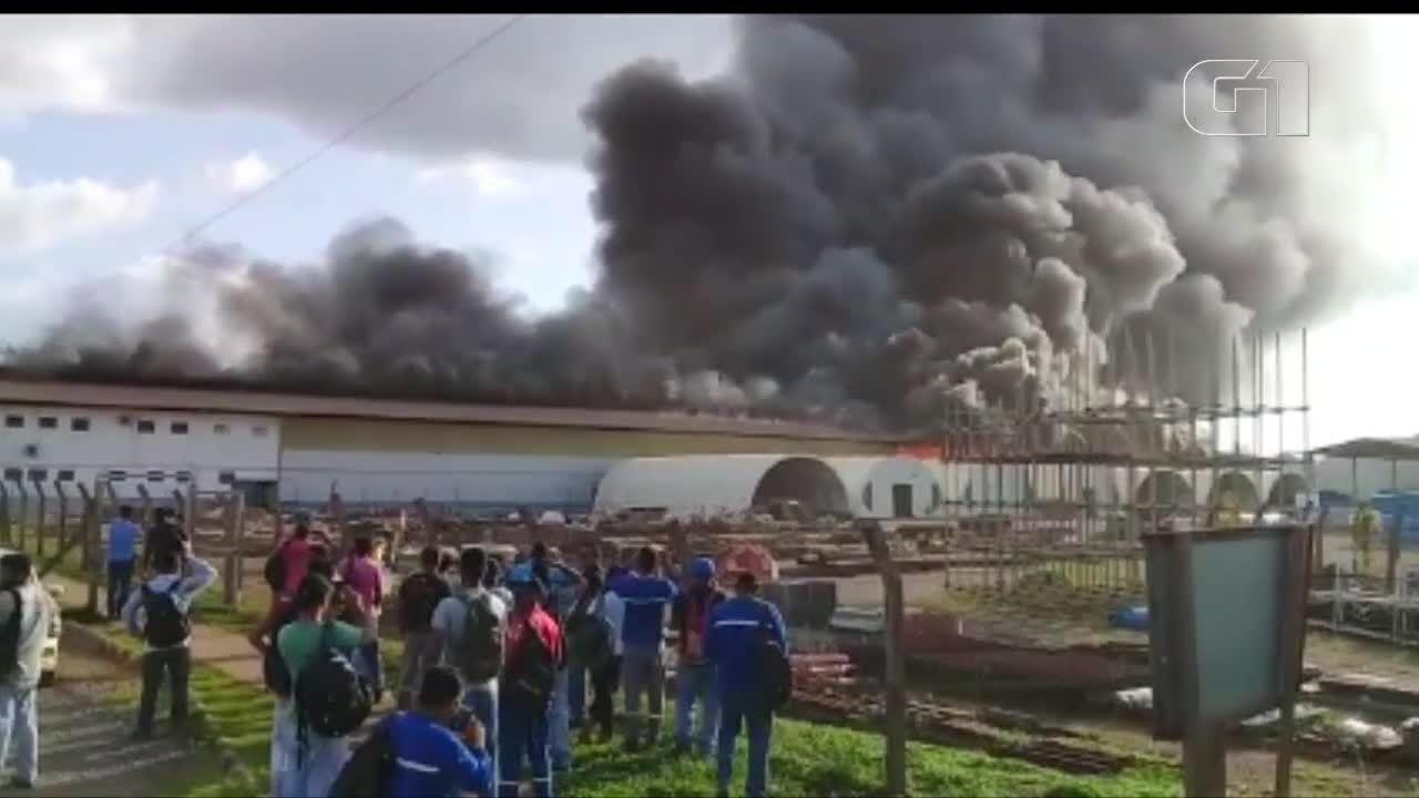 Incêndio atinge galpão de usina de Belo Monte, em Altamira