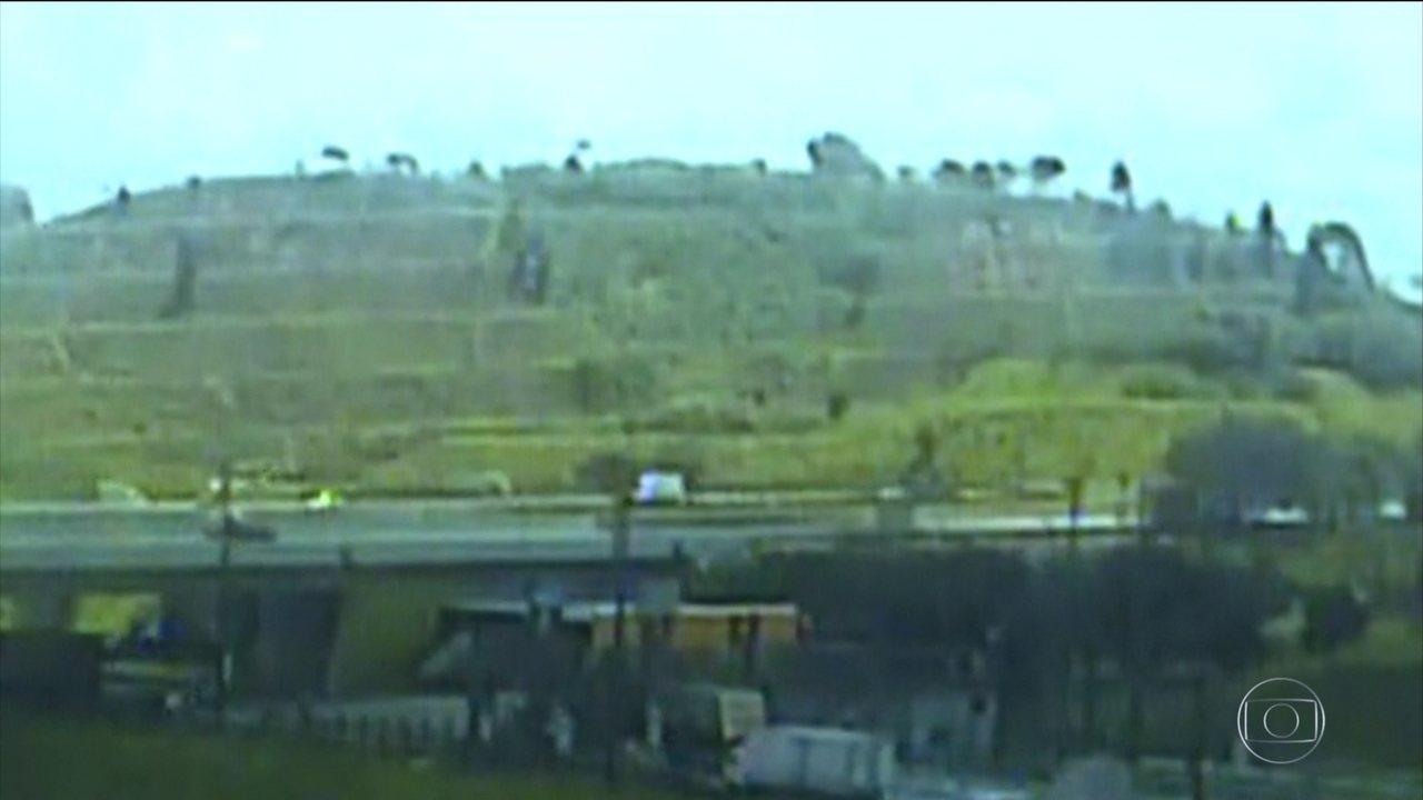 Polícia divulga imagens que mostra helicóptero de Boechat caindo em SP