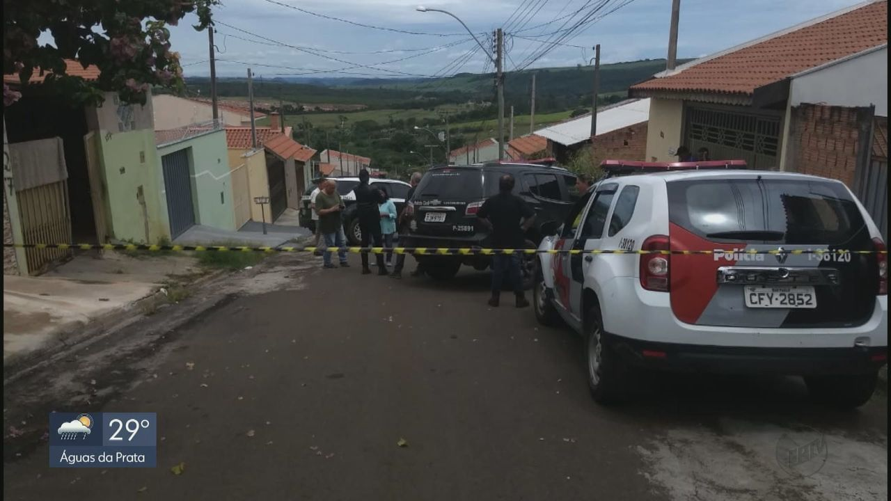 Polícia encontra corpos de mãe e filha em estado de decomposição em casa de São Carlos