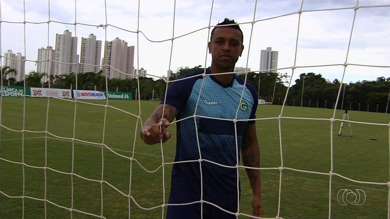 Bico como segurança e quase suicídio: Sidão agradece ao futebol por não ter tirado a vida