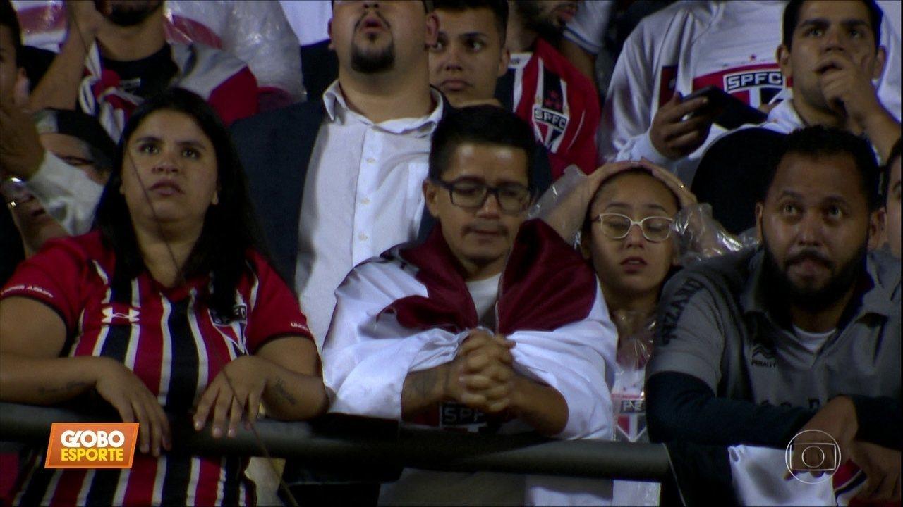 São Paulo fica sem empate com o Talleres-ARG e está fora da Libertadores