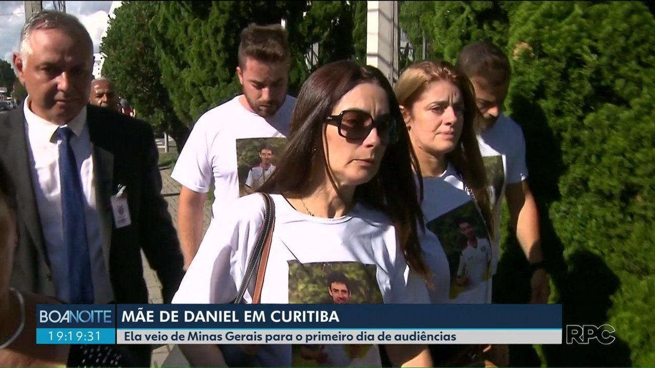 Família do jogador Daniel veio de Minas Gerais para acompanhar o primeiro dia da audiência