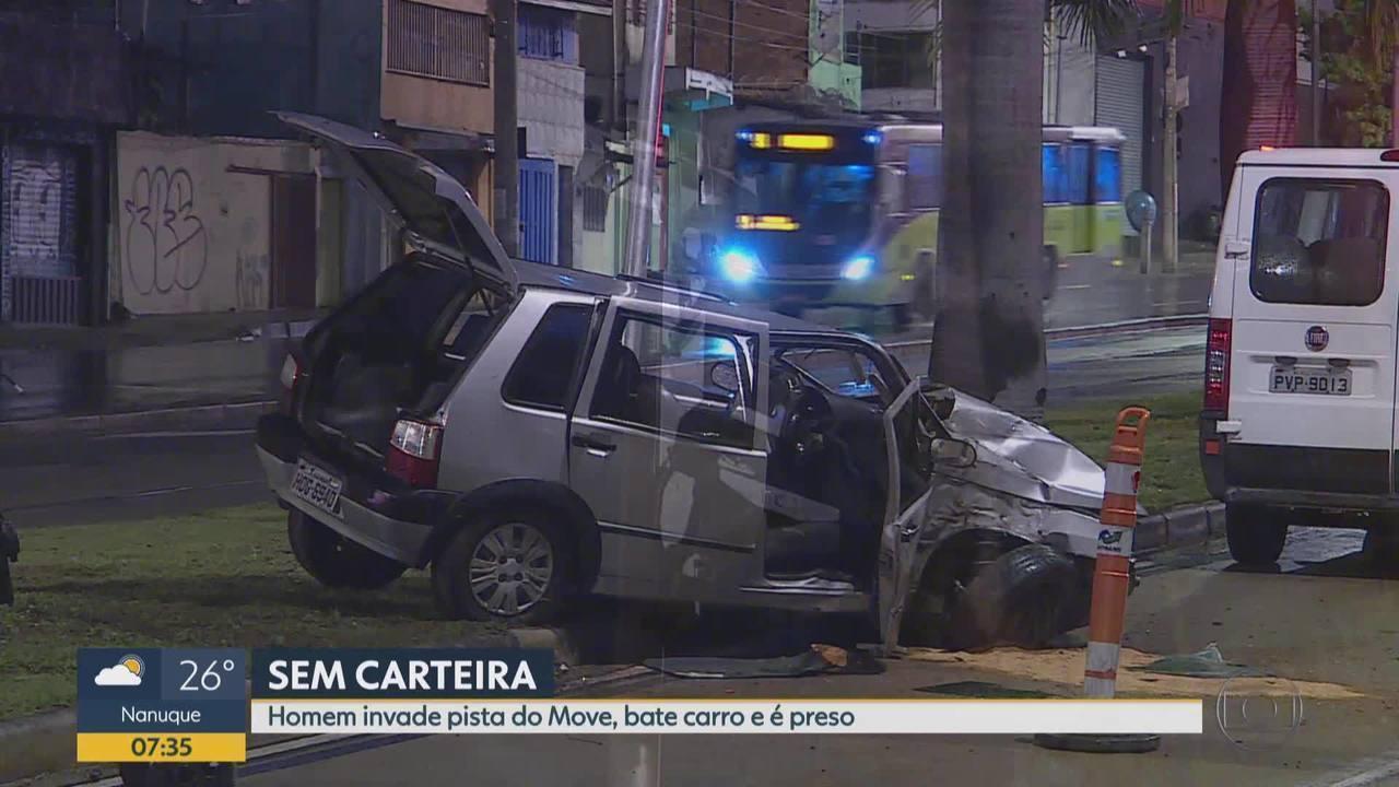 Homem sem carteira invade pista do Move, bate carro e é preso em Belo Horizonte