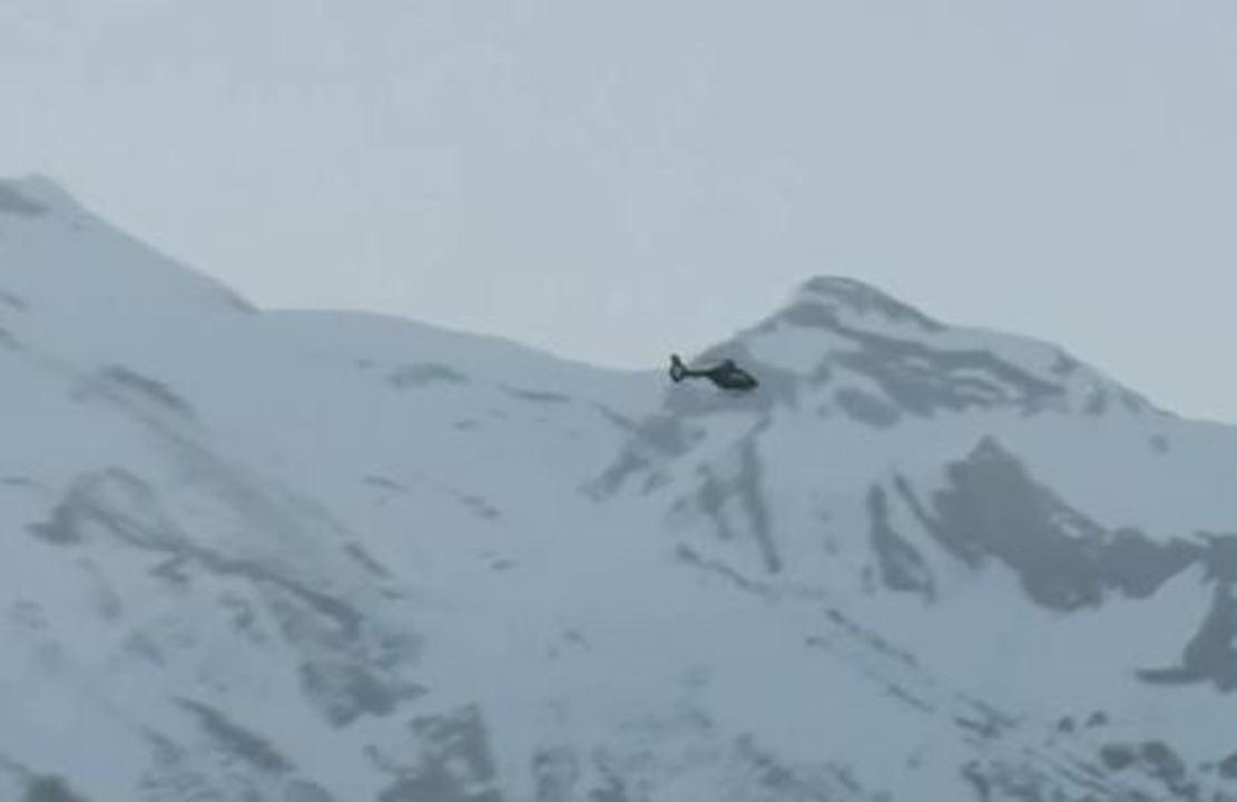 Avalanche atinge esquiadores em estação de esqui na Suíça e deixa feridos