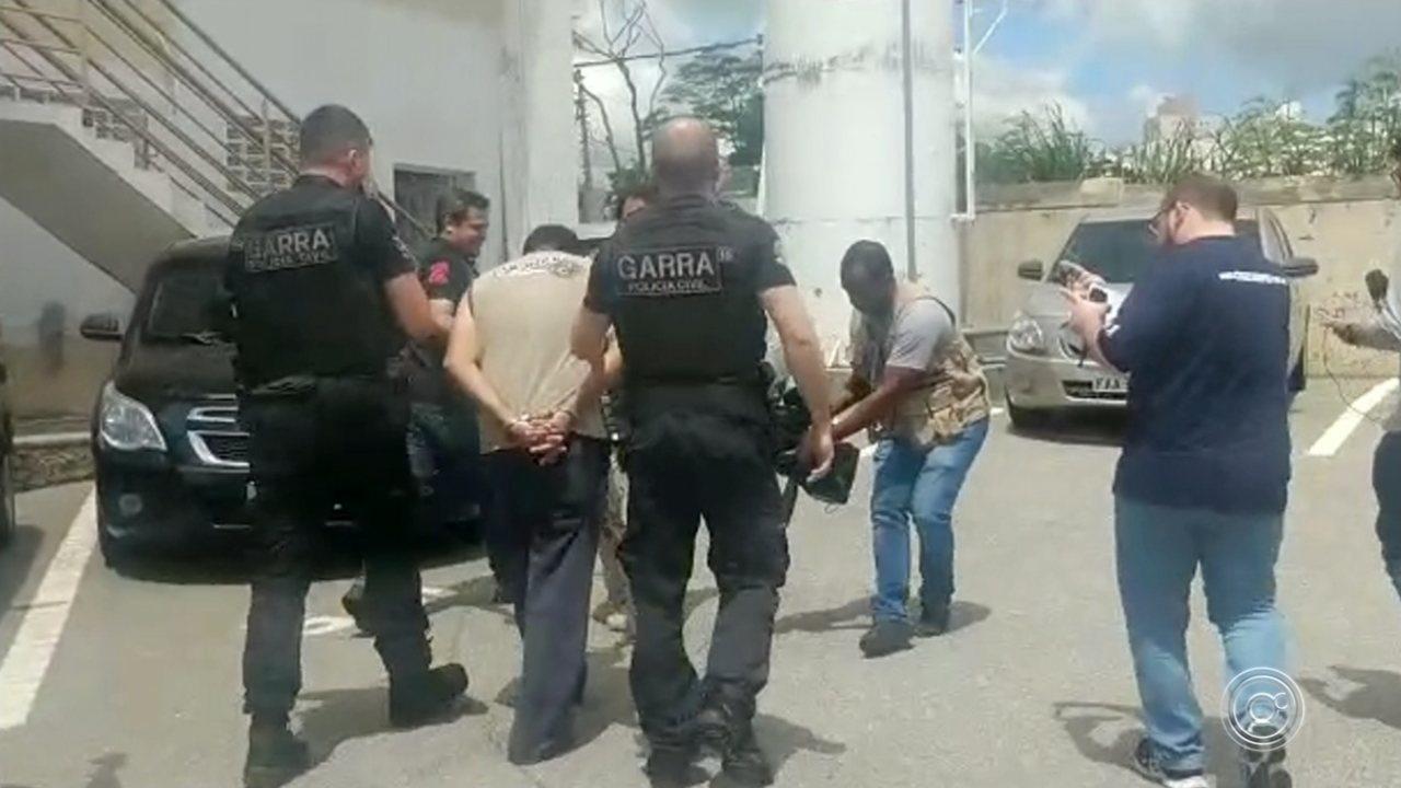 Pedreiro condenado a 73 anos de prisão por estupro é encaminhado para Pilar do Sul