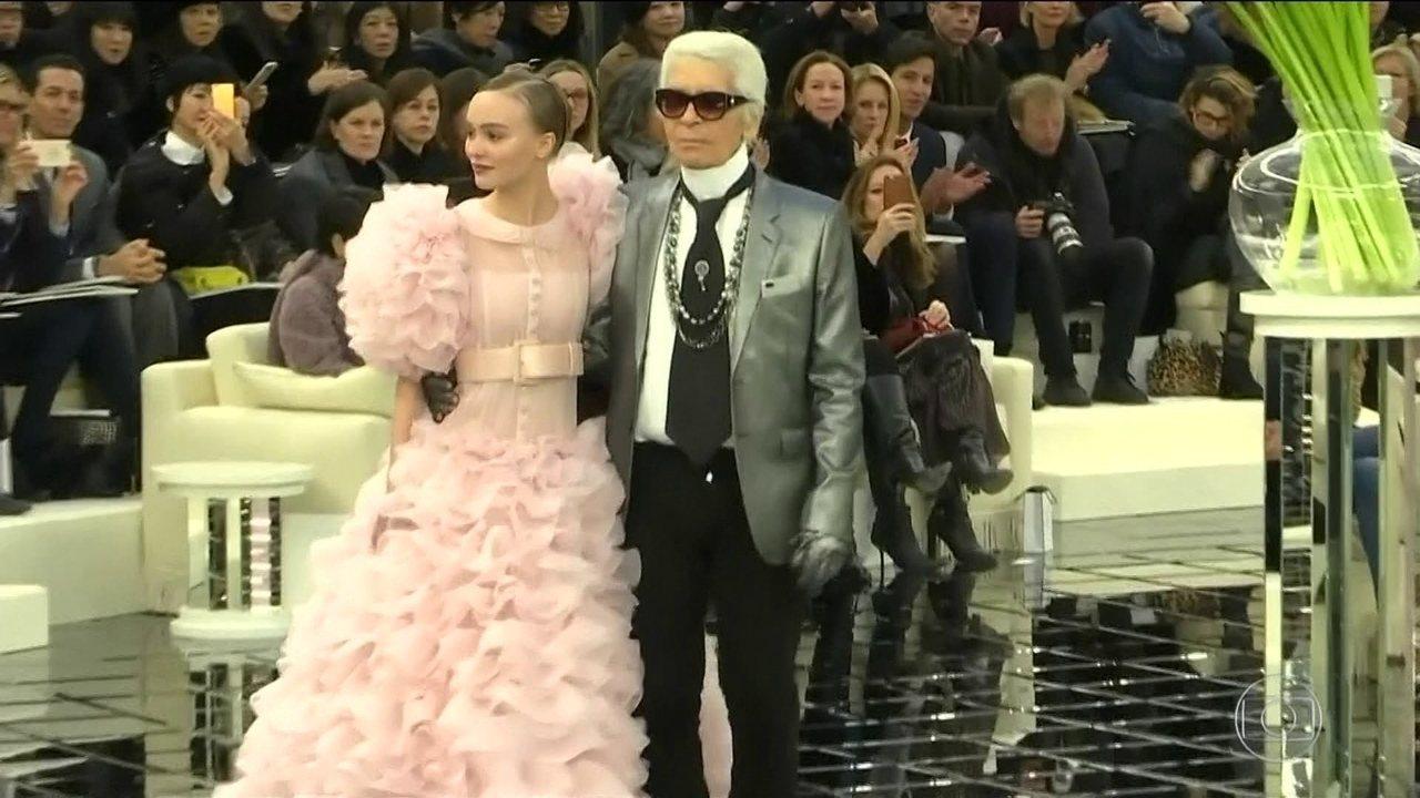 Morre em Paris o estilista Karl Lagerfeld