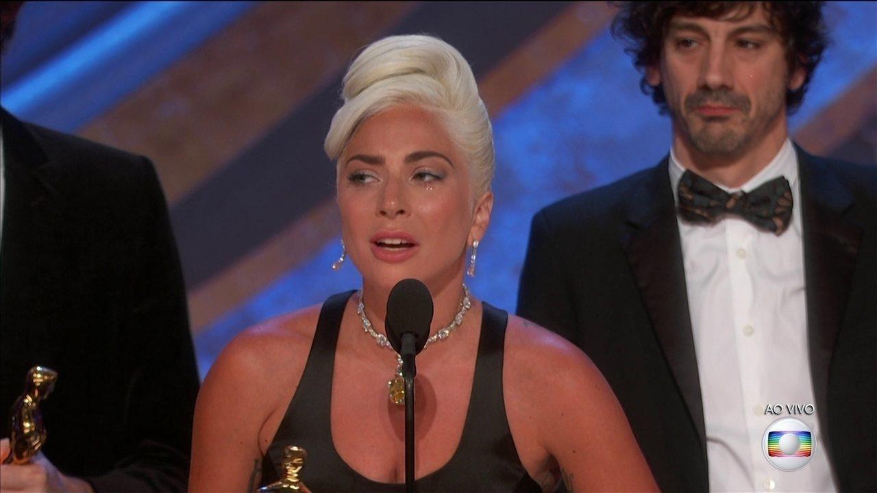 Lady Gaga ganha prêmio de Melhor Canção no Oscar, com