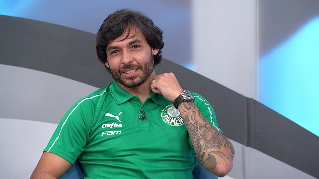 Ricardo Goulart fala sobre função no Palmeiras