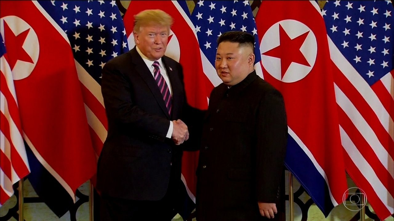 Donald Trump e Kim Jong-un se encontram no Vietnã