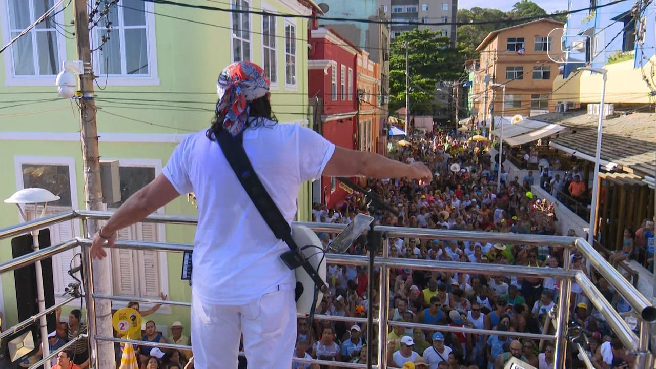 Carnaval 2019: Bell Marques canta 'Chame Gente' na Barra