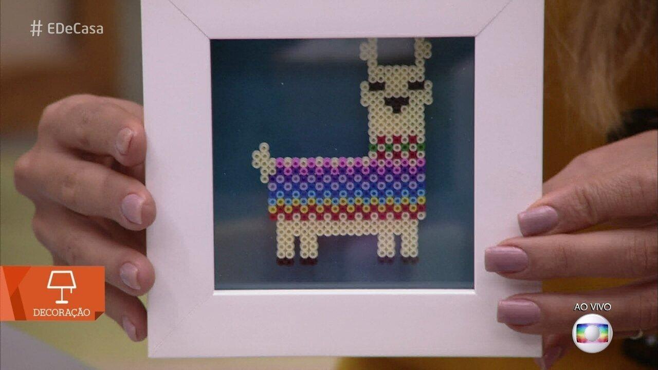 Aprenda a fazer quadro com desenho de lhama em pixel art