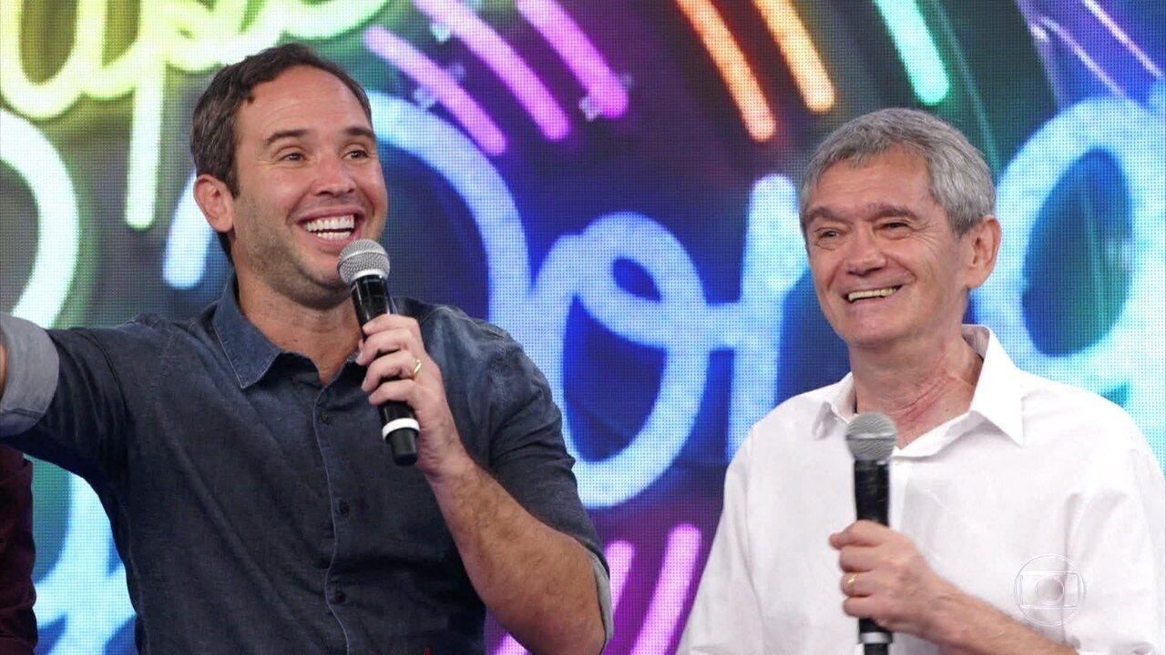 Serginho Groisman e Caio Ribeiro acertam a primeira no 'Super Ding Dong'