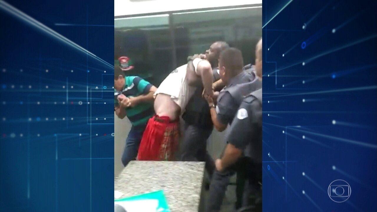 PMs de Atibaia são investigados por suspeita de quebrar braço de homem