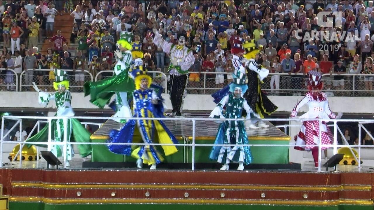 Comissão de Frente da São Clemente critica presidentes das escolas de samba