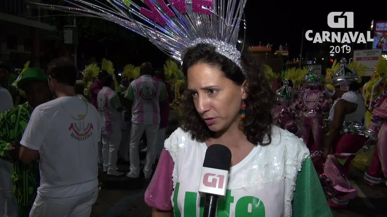Viúva de Marielle e Tarcísio Motta desfilam na Mangueira em homenagem à vereadora