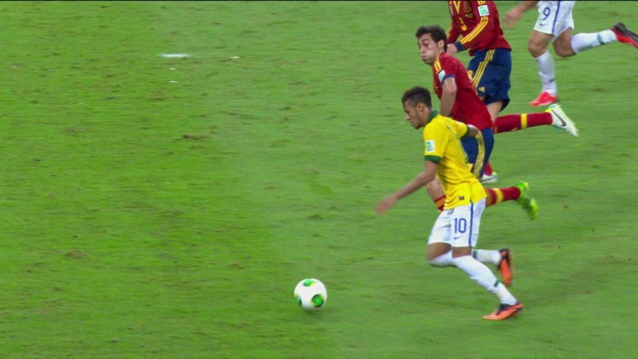 Após surgir como grande promessa, Neymar comanda o Brasil na conquista da Copa das Confederações e medalha de ouro olímpica
