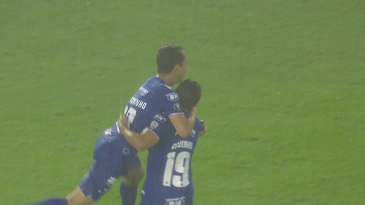 Melhores momentos de Huracán 0 x 1 Cruzeiro pela 1ª rodada da Taça Libertadores
