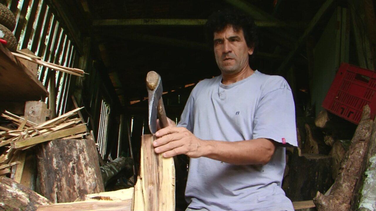 A incrível história do agricultor que perde a visão e continua a lida na roça