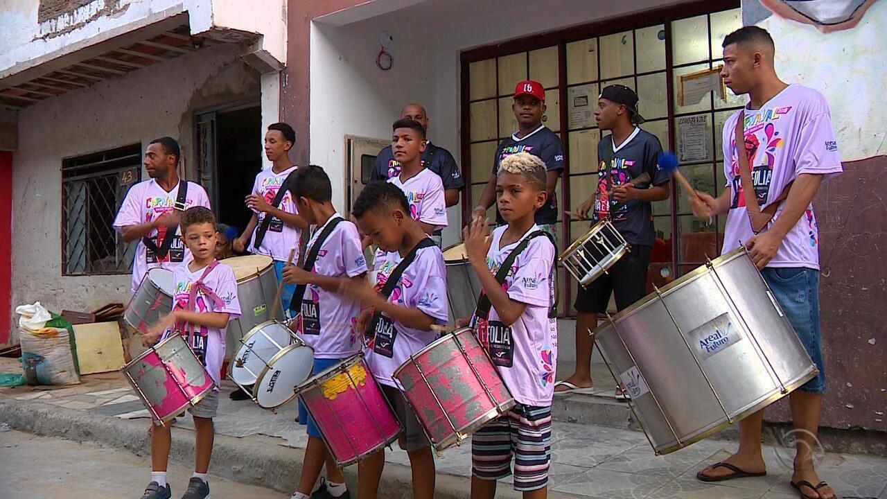 'Areal da Baronesa' tem projeto social que leva samba para as crianças