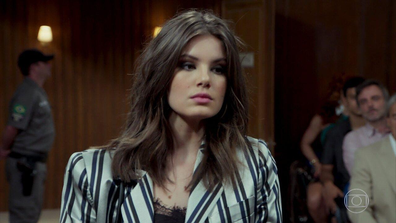 Vanessa depõe contra João
