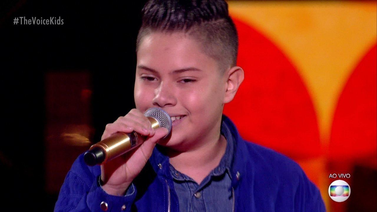 """Nicolas Gabriel canta """"Atrasadinha""""; reveja a apresentação"""