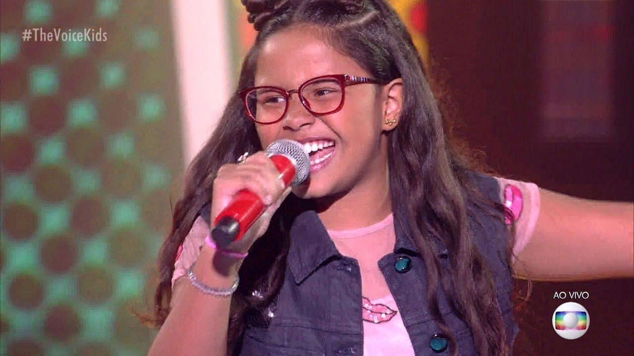 """Lanna Moutinho canta """"Pesadão""""; reveja a apresentação"""