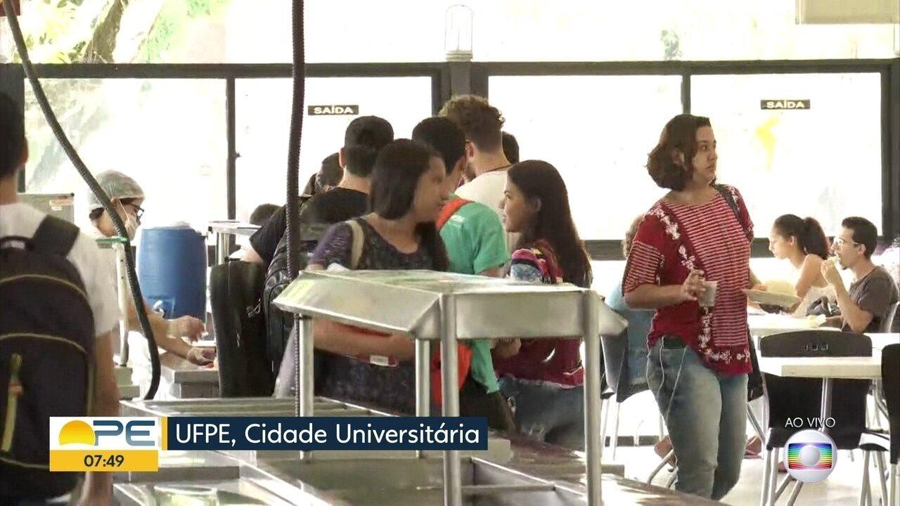 Funcionários do restaurante da UFPE afirmam que estão com salário atrasado