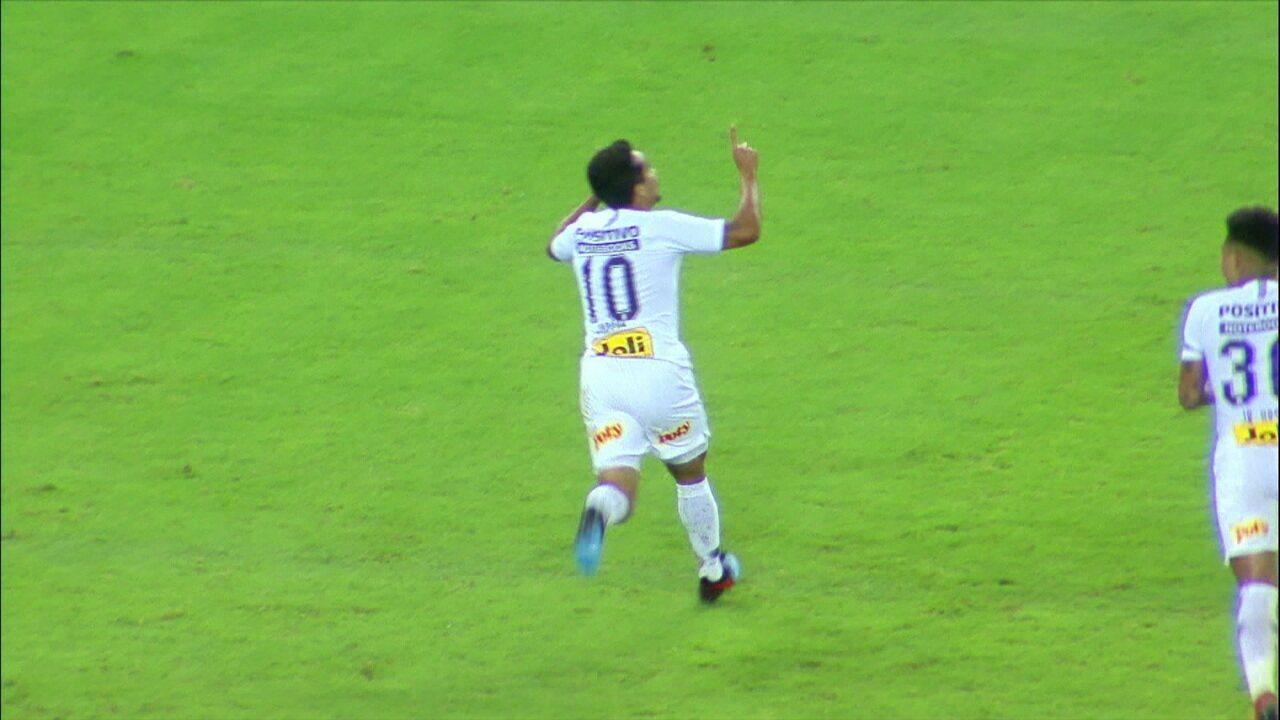Corinthians vence o Ceará em Fortaleza e coloca mão na vaga na Copa do Brasil