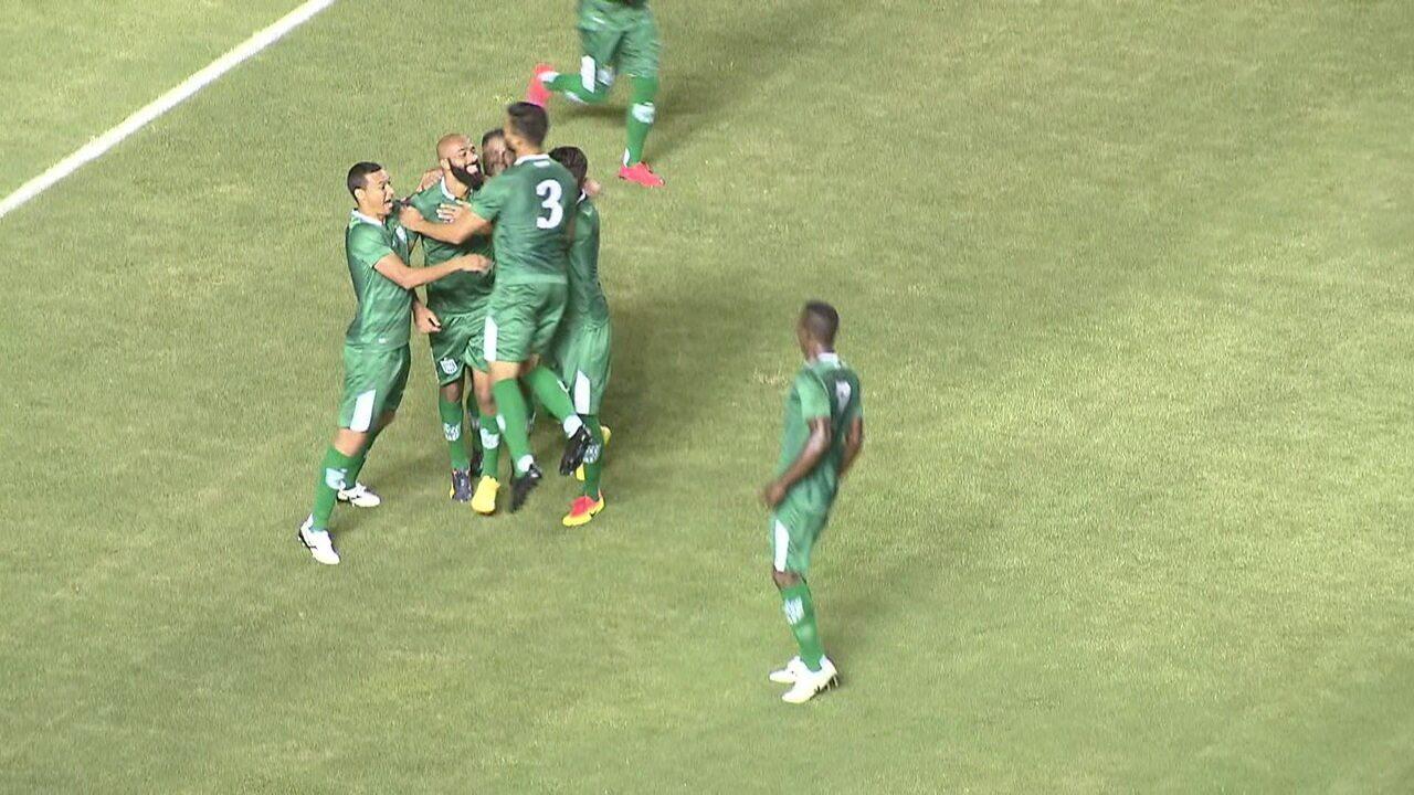Gama vira e goleia o Sobradinho por 4 a 1 pelo Candangão