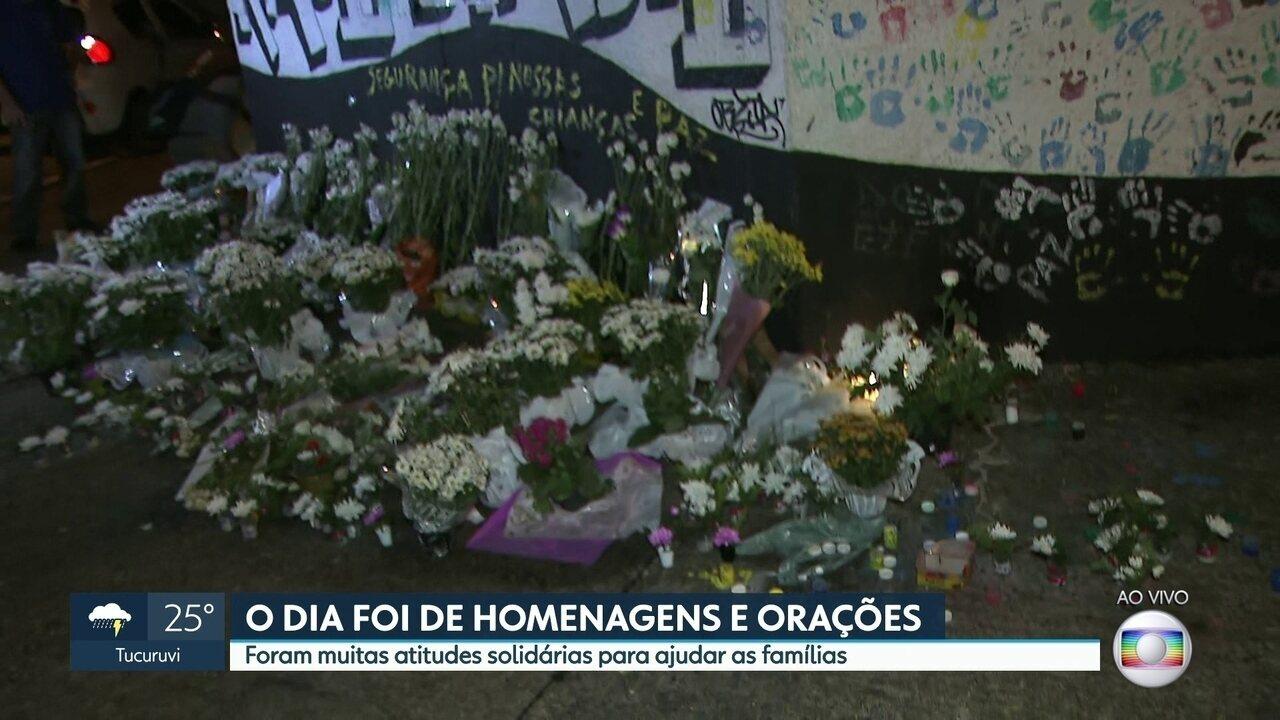 O dia foi de homenagens e orações aos parentes das vítimas do massacre em Suzano