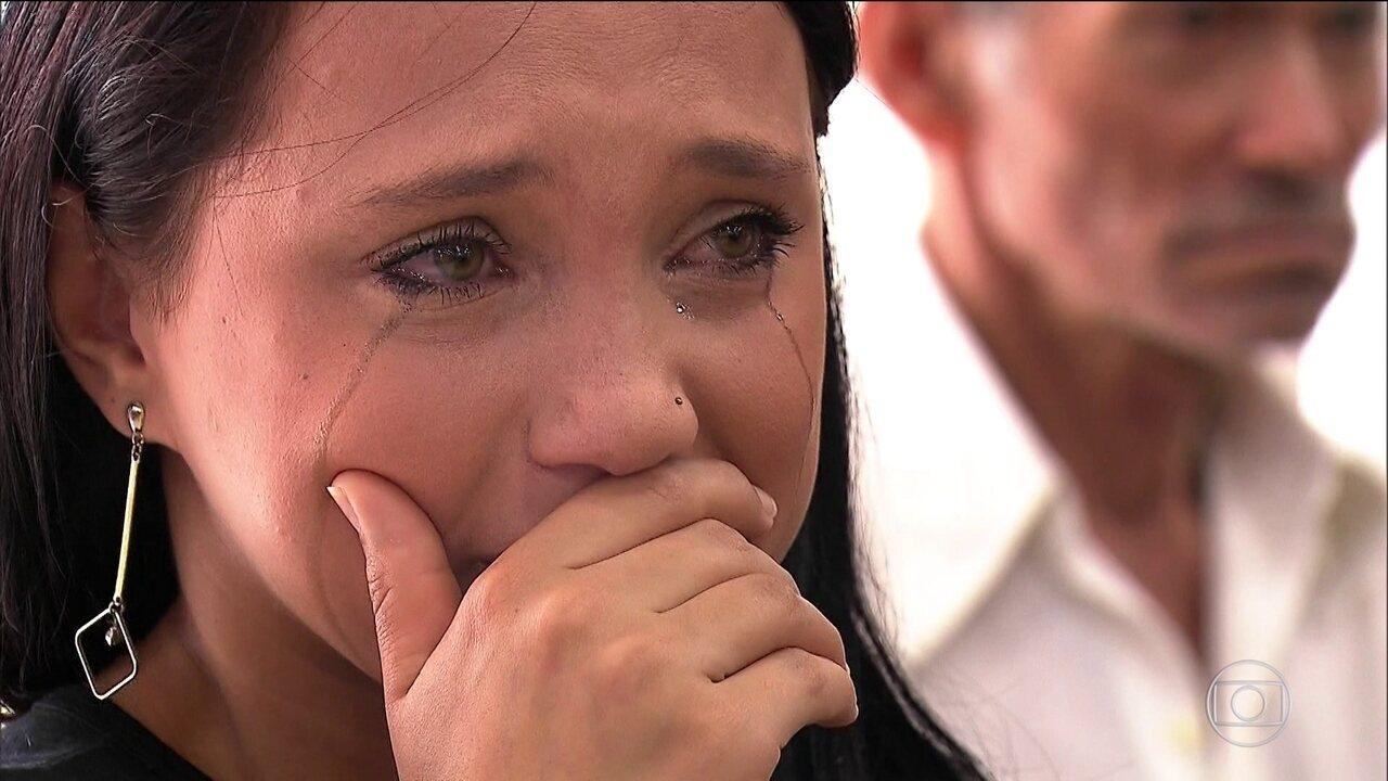 Em Suzano, no dia seguinte à tragédia, moradores tentam recomeçar após tanta violência