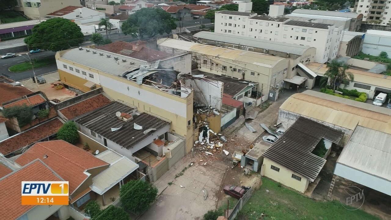 Explosão em loja de armas destrói casas no Jardim Sumaré em Ribeirão Preto, SP
