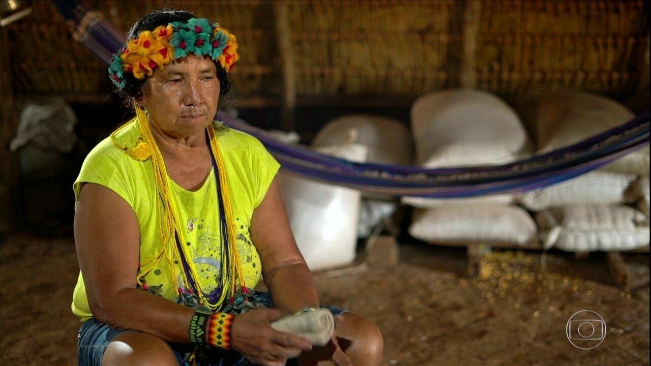 Índios vivem conflito entre tradição e mudança no Mato Grosso