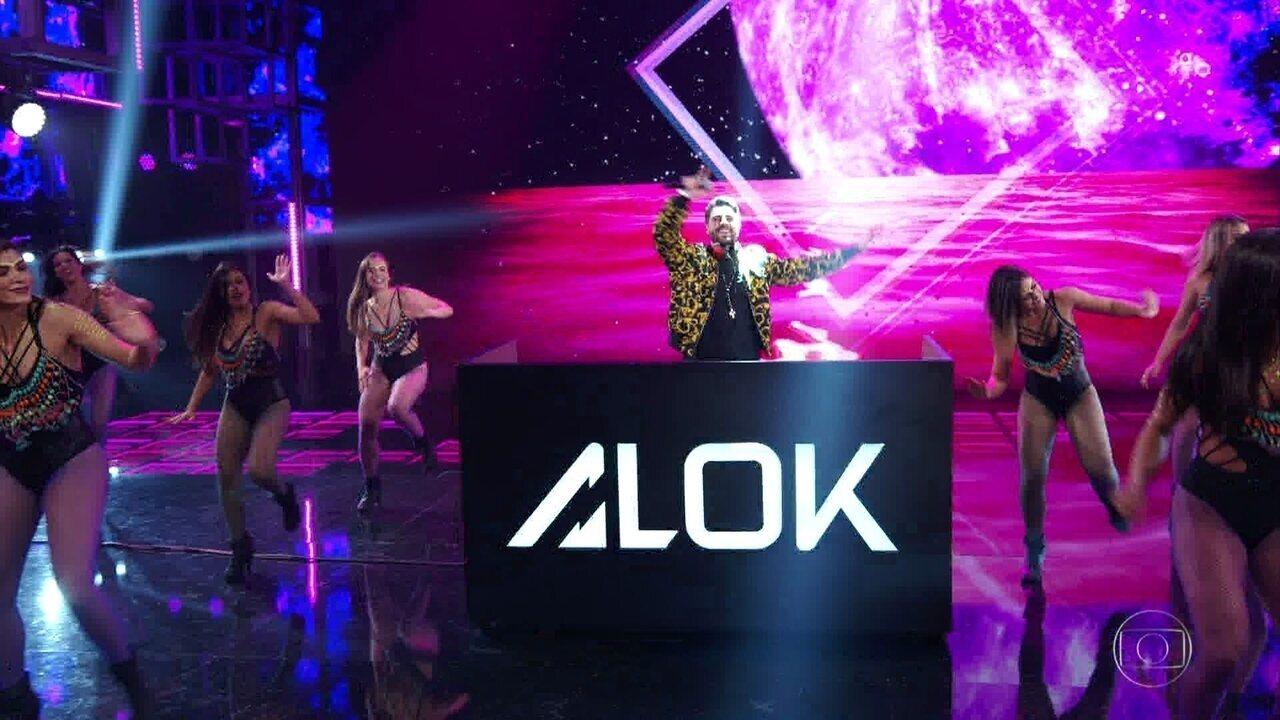 Alok incendeia a plateia com 'Favela'