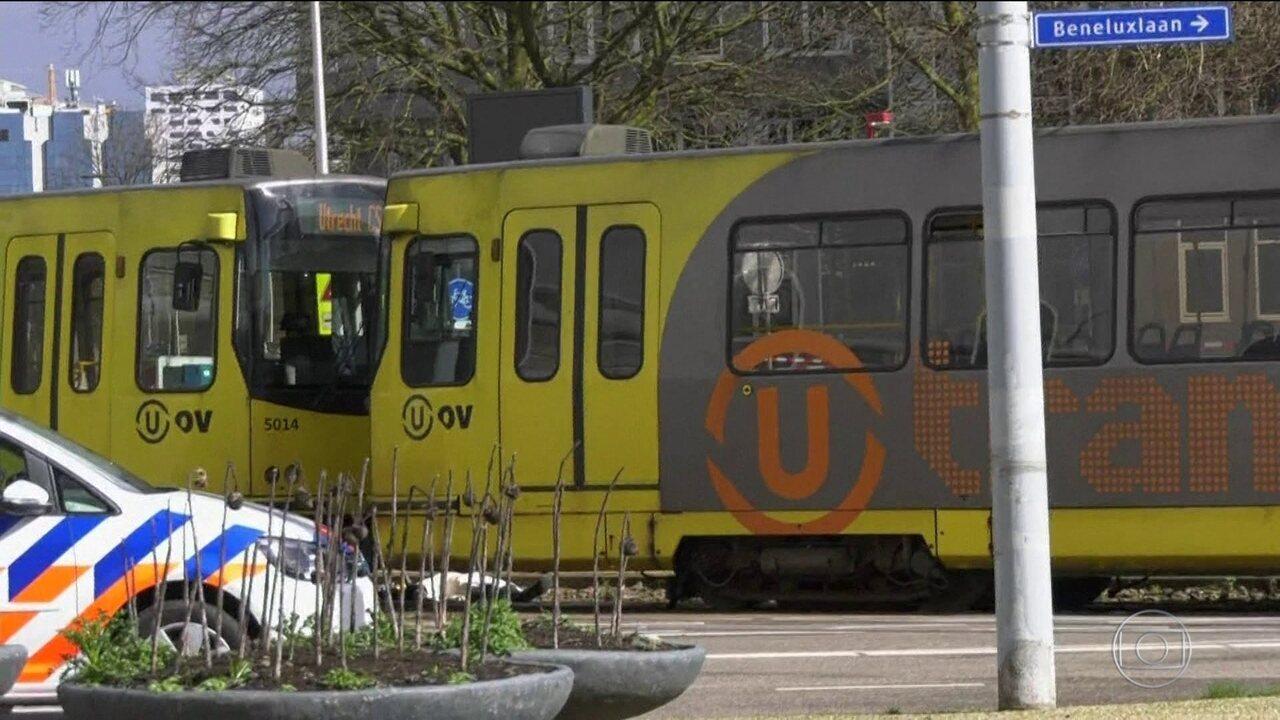 Homem armado ataca a tiros passageiros de bonde na Holanda