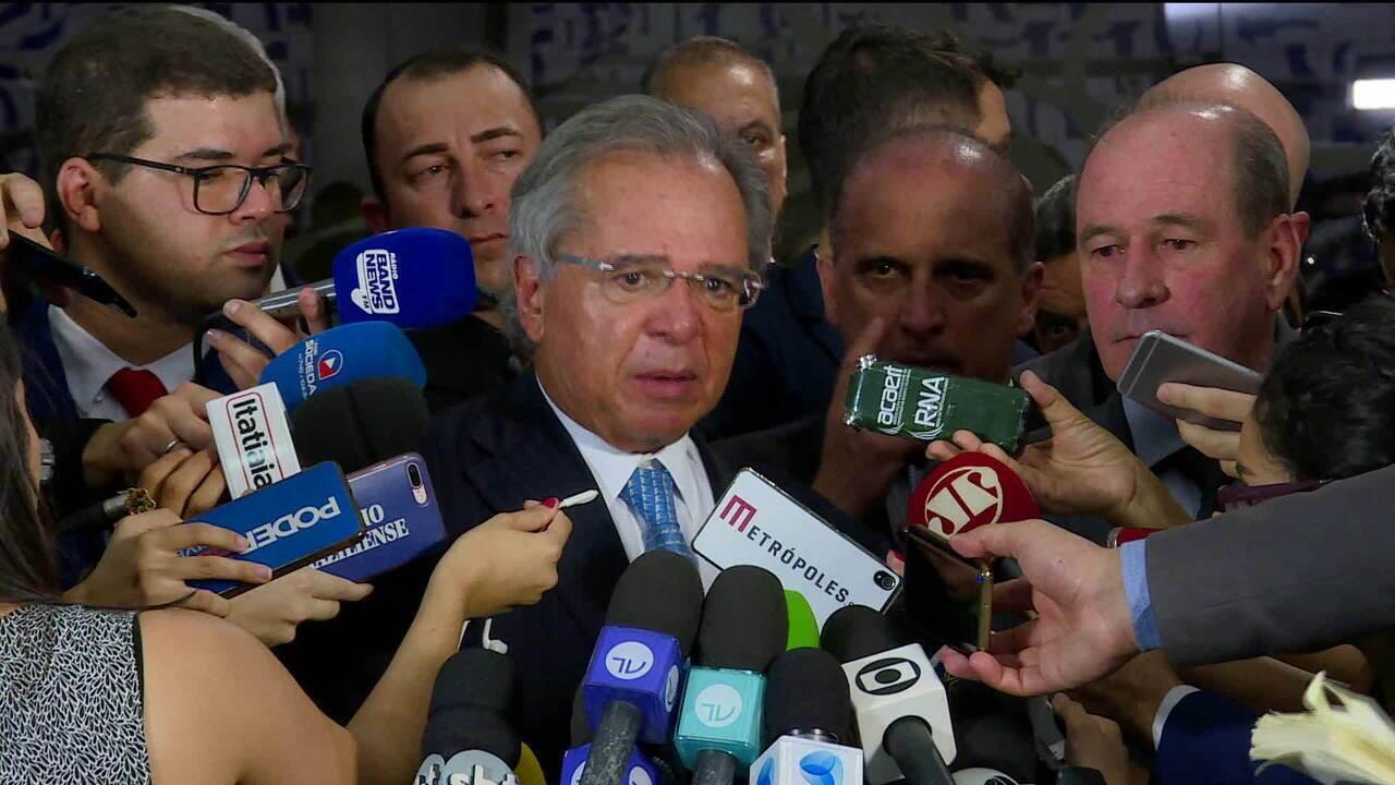 'Os militares entenderam a importância em participar dessa contribuição', diz Paulo Guedes