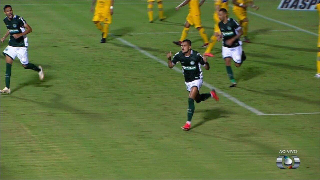 Veja o gol de Júnior Brandão contra o Iporá