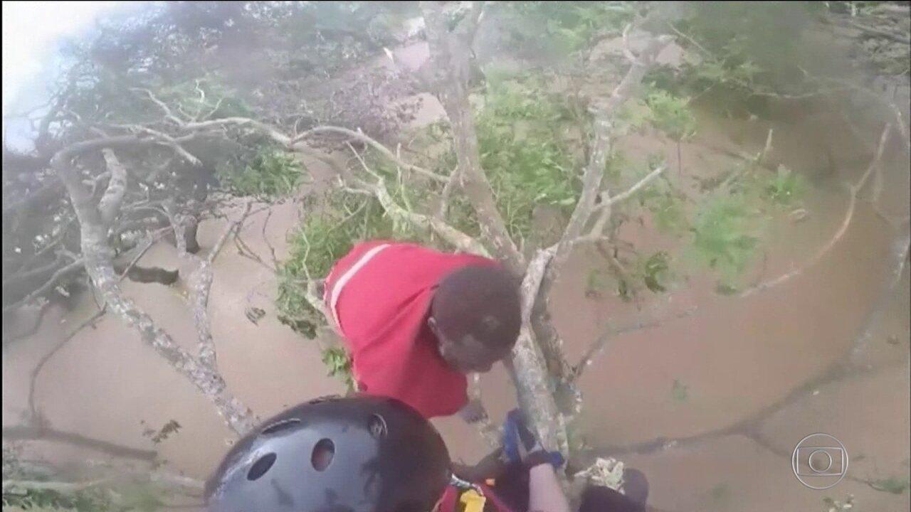 Ciclone na África: mais de 15 mil pessoas aguardam resgate