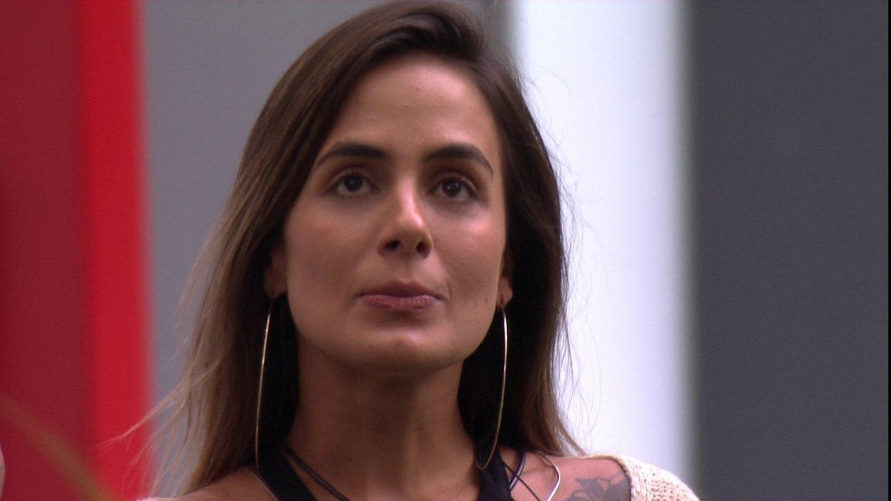 Gabriela escolhe Carolina para Castigo do Monstro Cobra