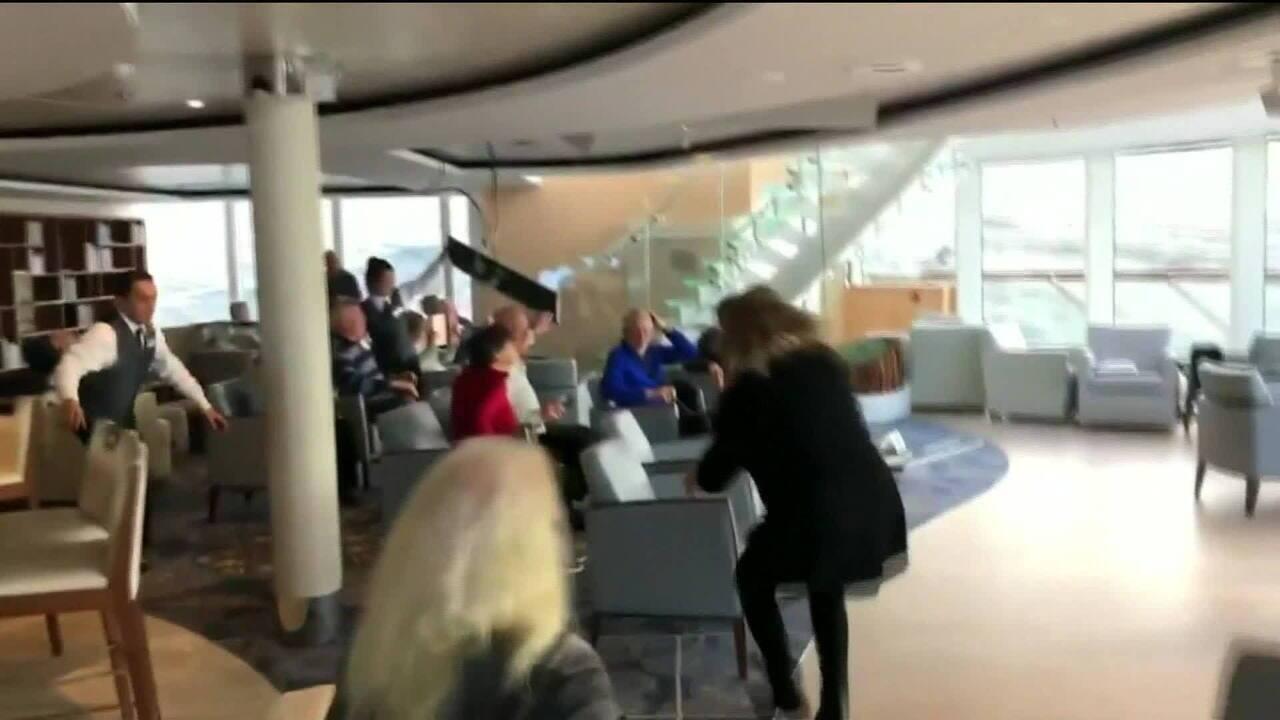 Quase 400 pessoas são resgatadas de cruzeiro de luxo na Noruega
