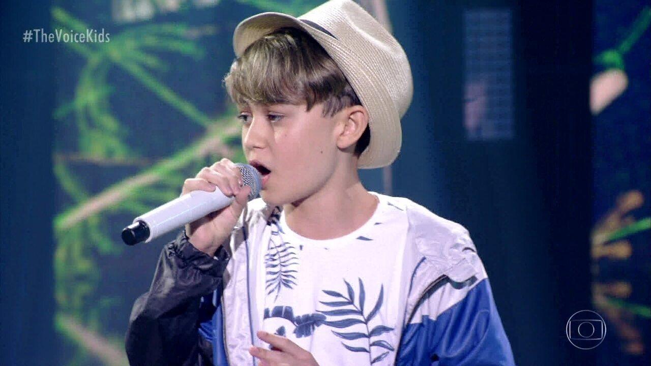 Guilherme Mendes canta 'Hero' e se classifica para a semifinal do 'The Voice Kids'