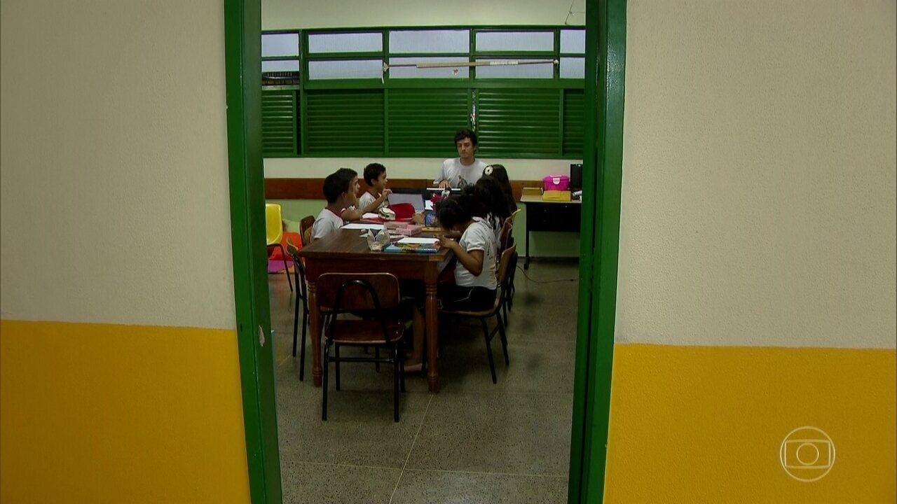 MEC desiste de avaliar alunos em fase de alfabetização neste ano